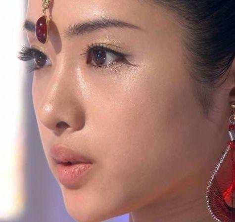肌が綺麗な女優さんトップ3と美容方法を紹介!特別なことはし ...